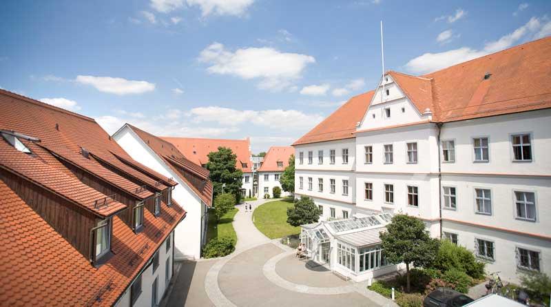 Schlossklinik Innenhof