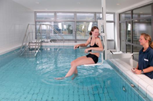 Klinik Schwimmbad