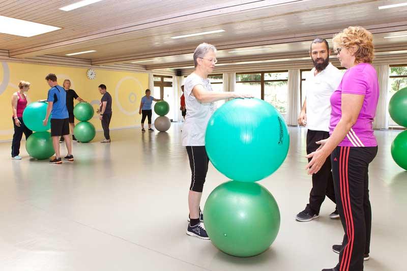 Übungen mit dem Ball