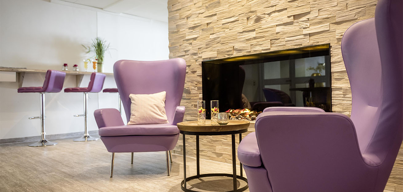 Purple-Lounge