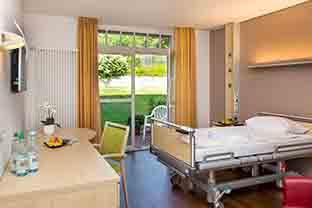 Blick in das Patientenzimmer