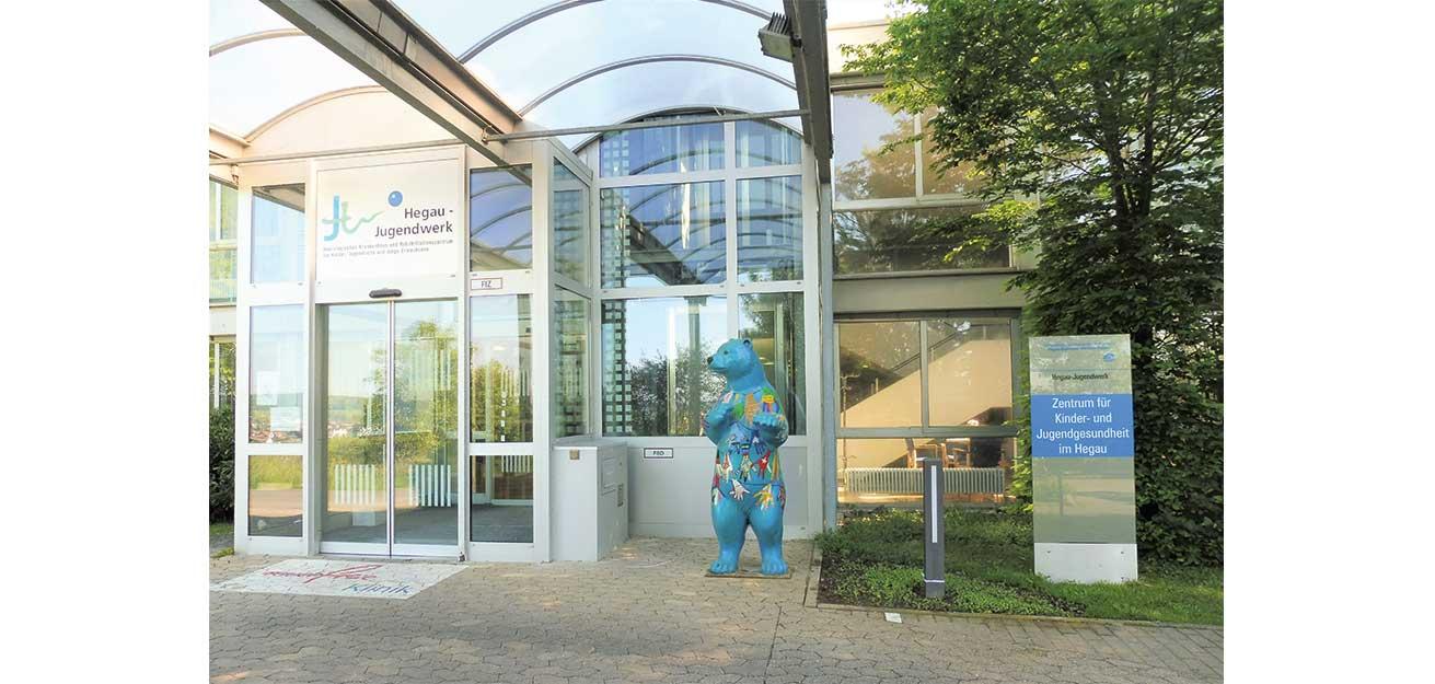 Eingang der Klinik